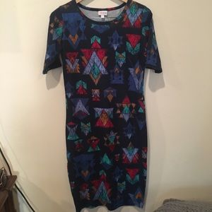 Lularoe navy triangle print dress